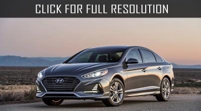Hyundai will introduce Sonata Hybrid model in Chicago