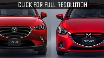 Mazda presents two crossovers and city hatchback