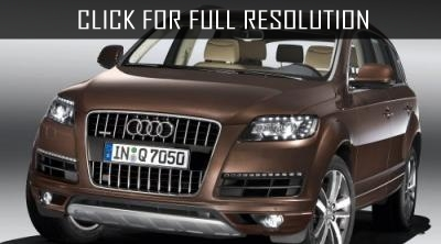new-crossover-audi-q8-is-seen-on-the-tests